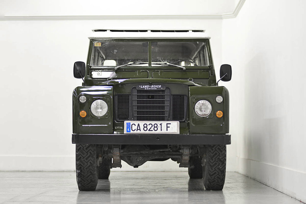 land-rover-109_front_1.jpg