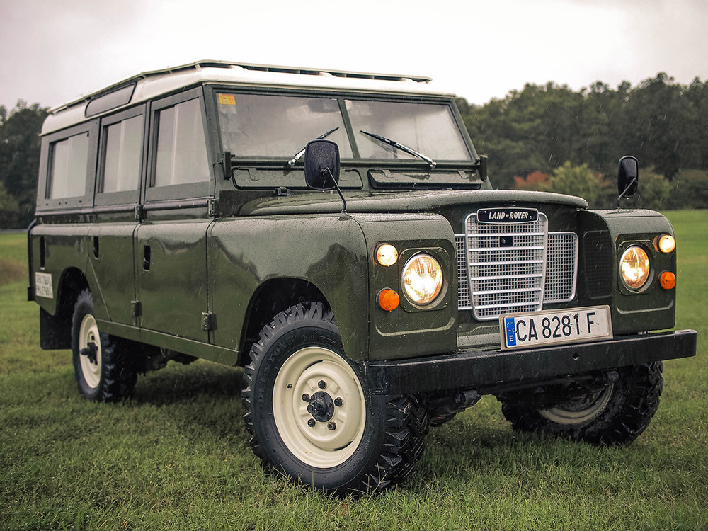 land_rover_109_right_front_2.jpg