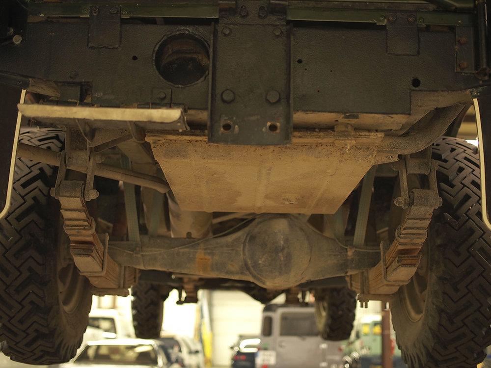 land_rover_109_chassis_1.jpg