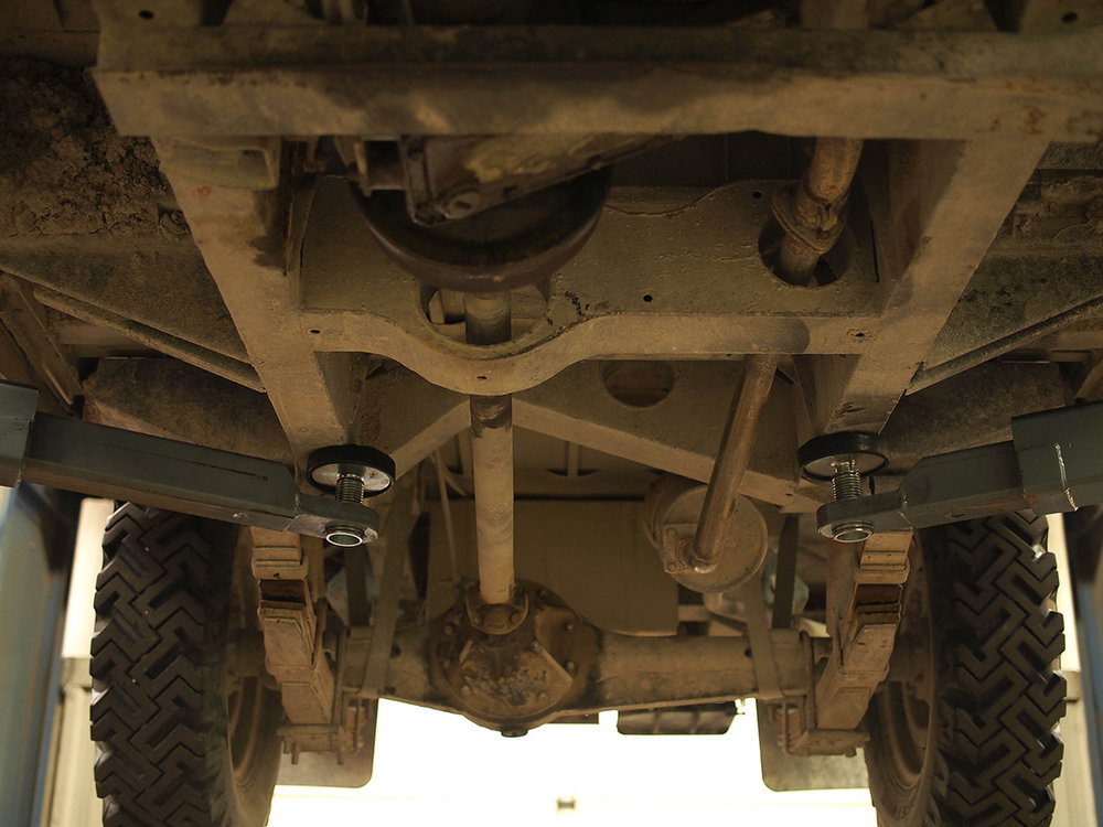 land_rover_109_chassis_4.jpg