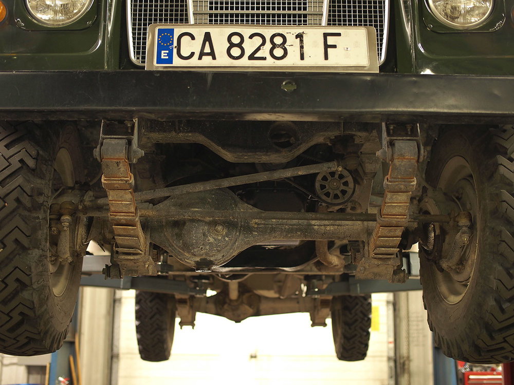 land_rover_109_chassis_13.jpg