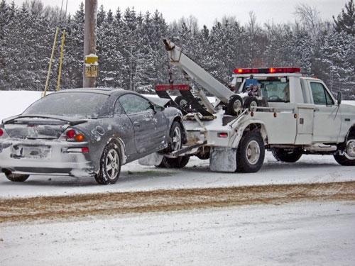 car-tow-snow.jpg