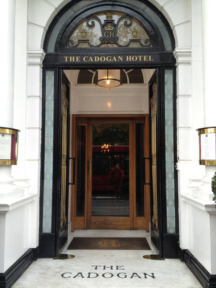Having lunch at the Cadogan Hotel, where Oscar was arrested. I somehow doubt they thought it would be so good for (eventual) business at the time.