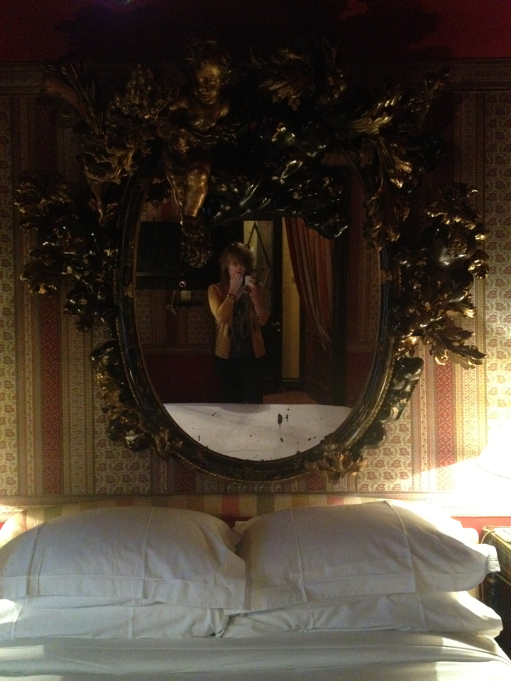 Just in case you were wondering if I might have some trouble sleeping in the place where Oscar Wilde gasped his last breath, please be made aware that there is absolutely nothing intimidating or haunted about the room. Nope. Not a thing.