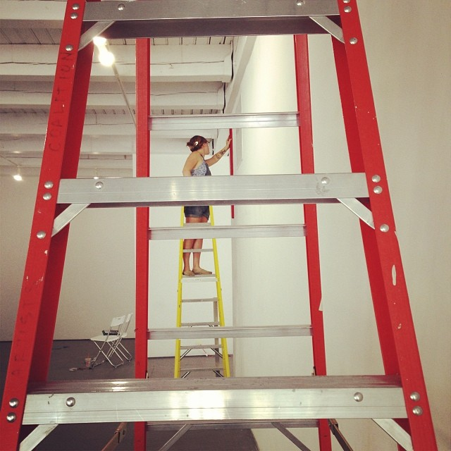 fiberistanora: @lucyknisley is pretty much the bestest. #blueisthesky #art #painting #eatyourheartoutsollewitt I like this photo of me with many ladders.