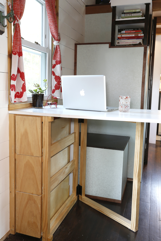 desk_open.jpg