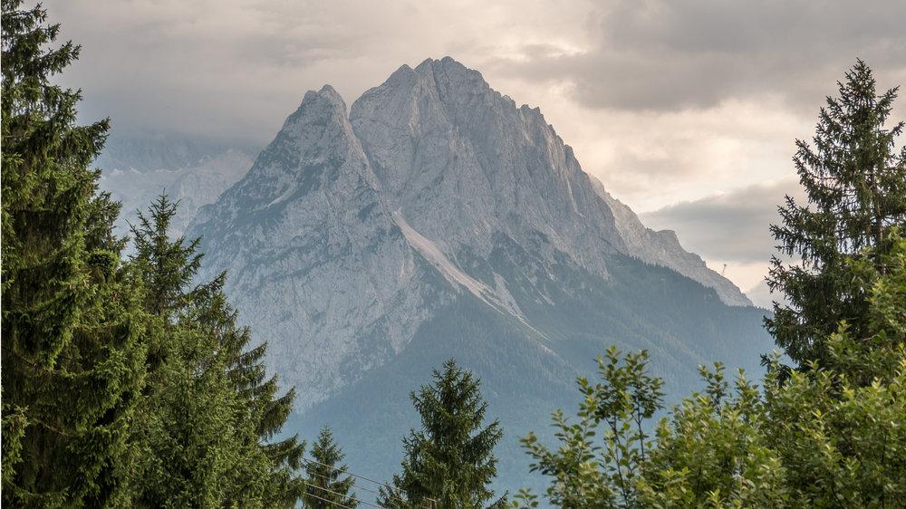 Wetterstein Mountain Range - Garmisch-Partenkirchen (DE)