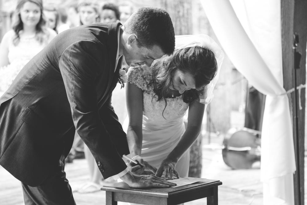 AaronHanna-ceremony-1-143.jpg