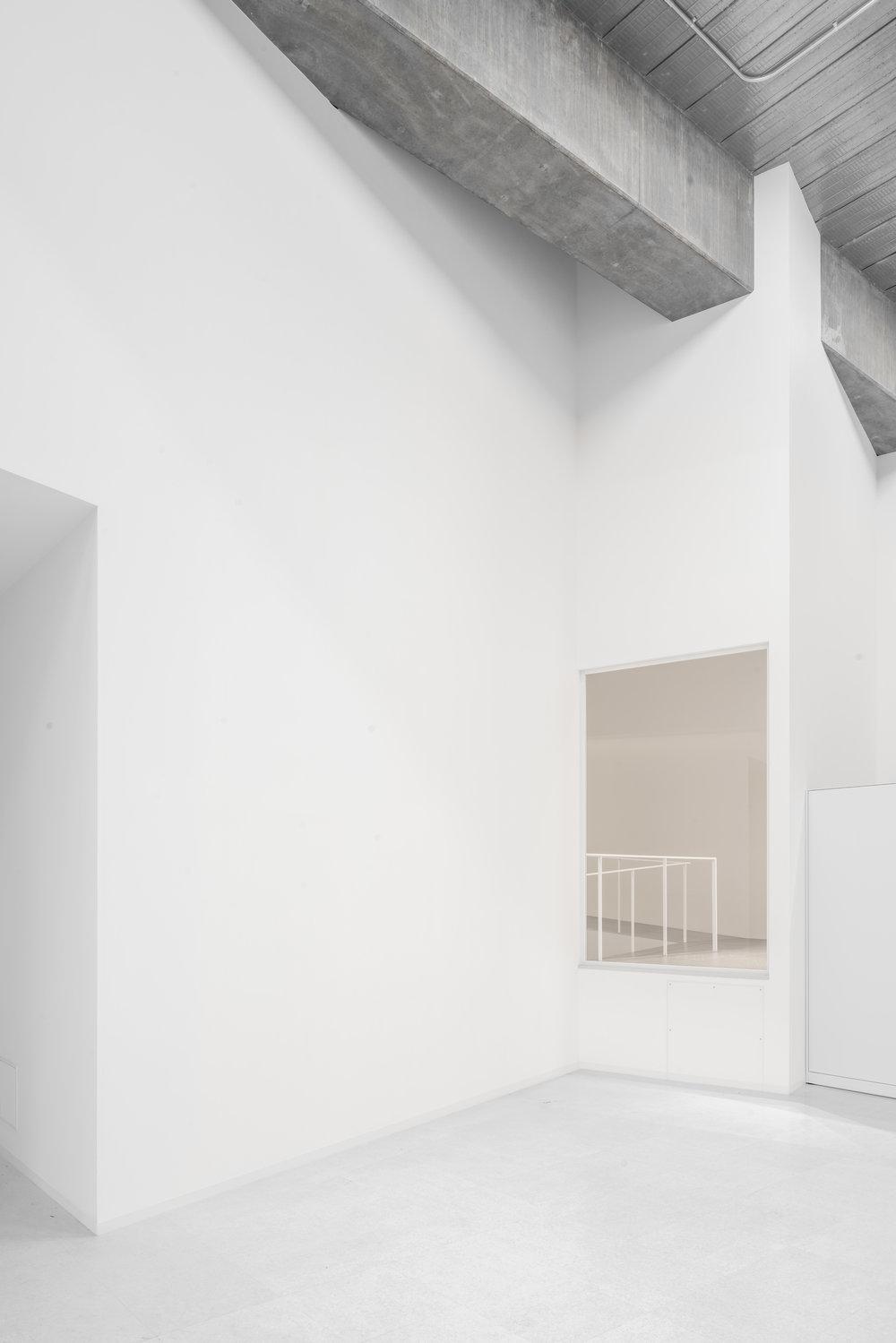 View Platform for the Photo Studio