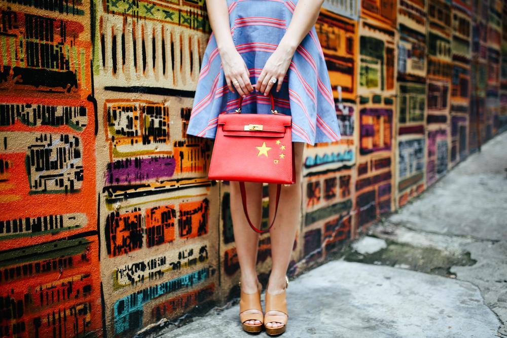 Dress: Karen Millen | Bag: Victor Doan via Etoffe | Shoes: Michael Kors | Photos: Bryant Lee