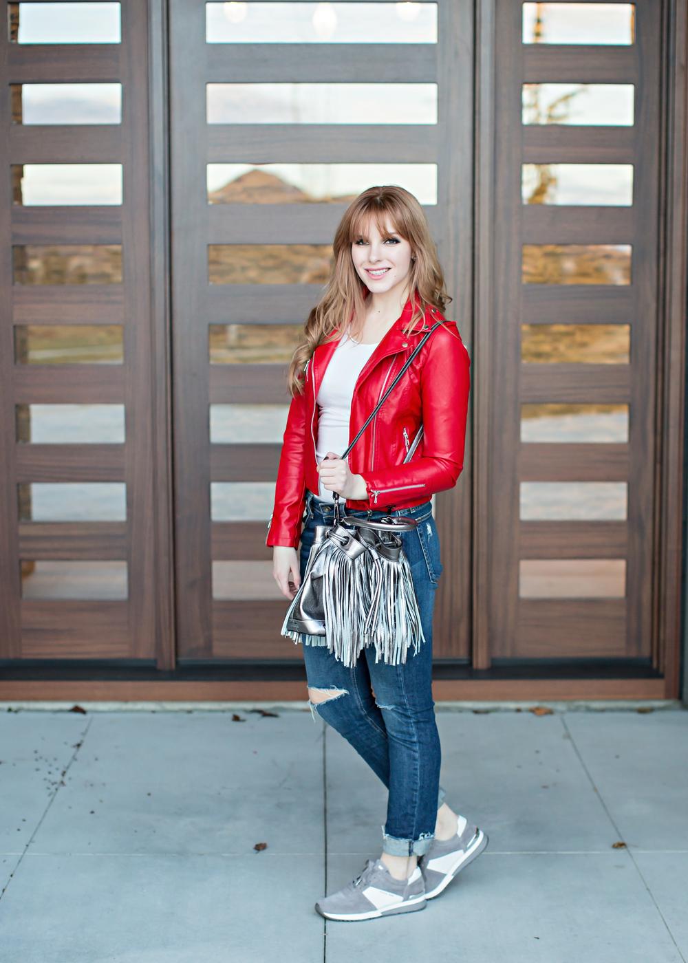 Jacket: Romwe   Tee: Forever21   Jeans: Rag&Bone skinny   Bag: Milly   Sneakers: Michael Kors   Photos: Tara Lynn Photography