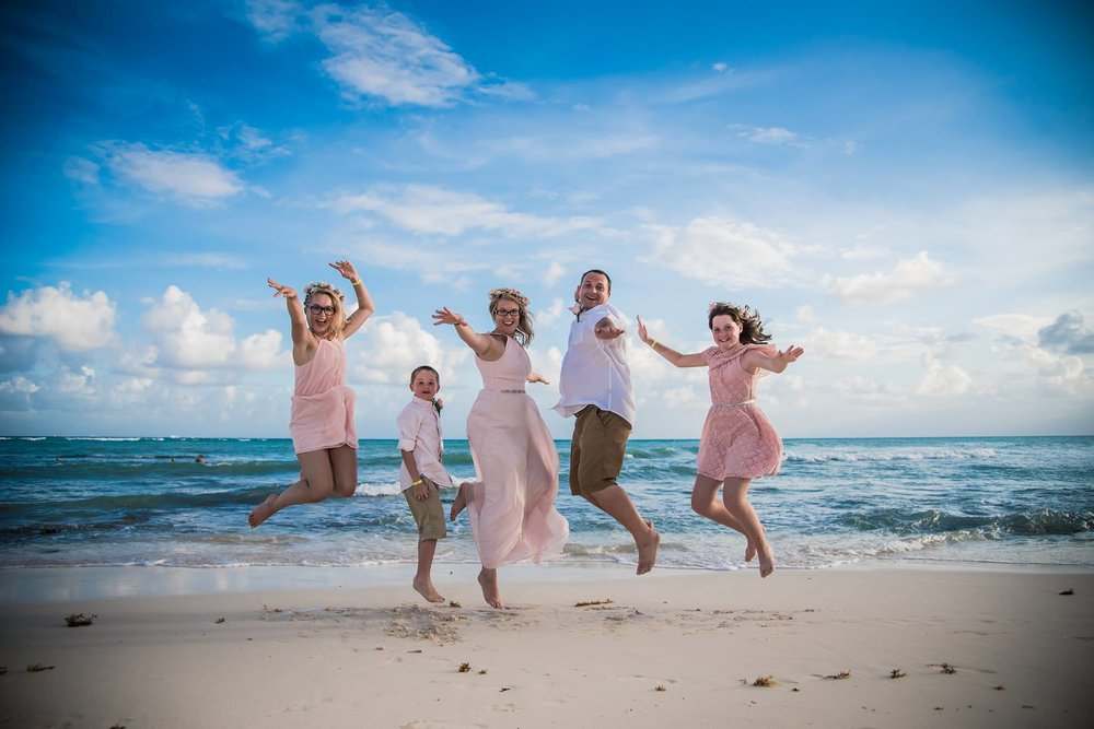Lisa Nicholson - Wedding Vow Renewals - Playa Del Carmen