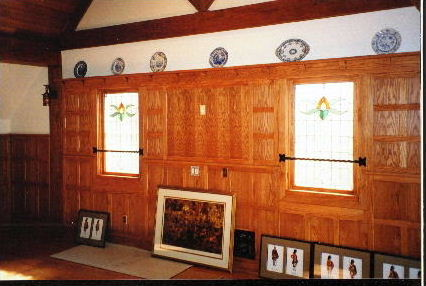 INTERIOR ROYAL COACHMAN STAKEHOUSE.JPG