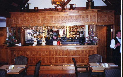 THE BAR ROYAL COACHMAN STAKEHOUSE.JPG