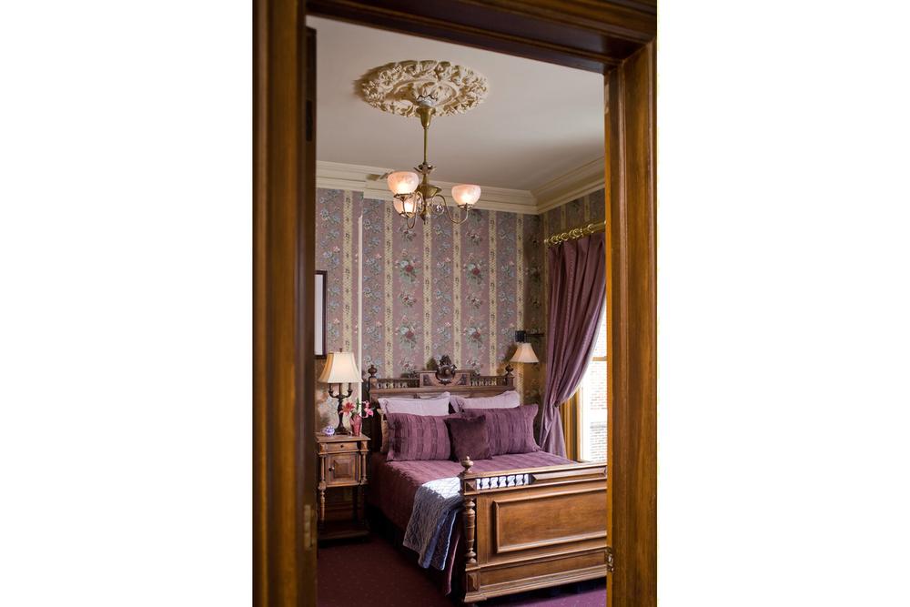 Room 6_3.jpg