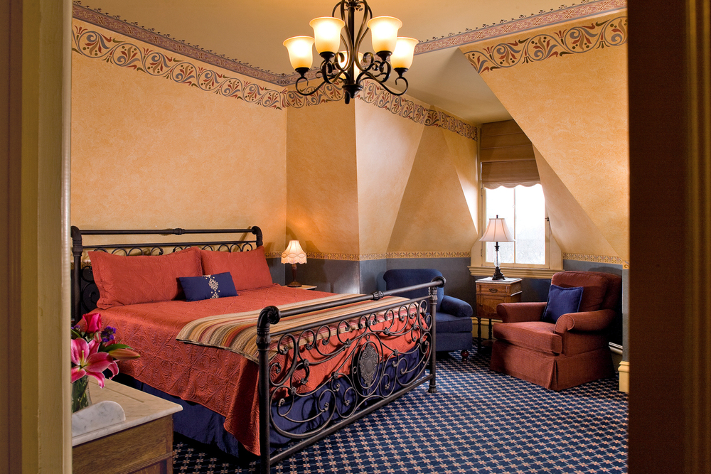 Room 7_2.jpg