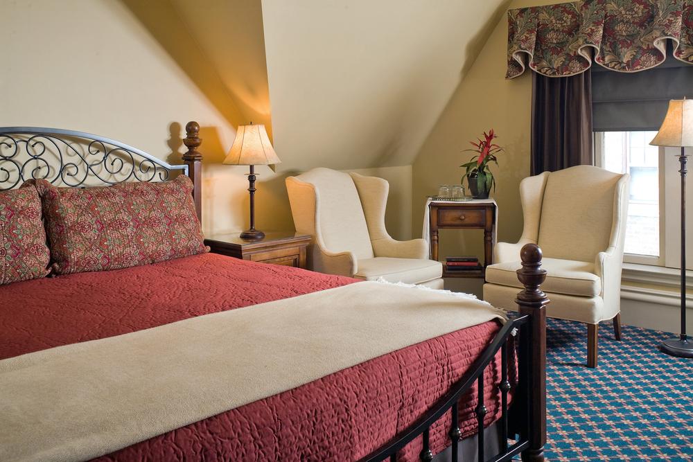 Room 9_2.jpg