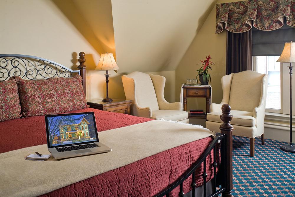 Room 9_4.jpg