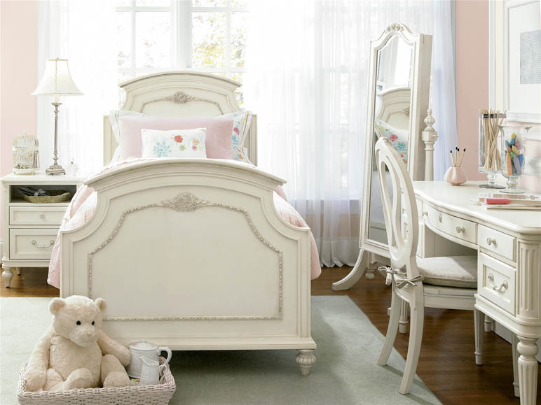 house of bedrooms cribs 2