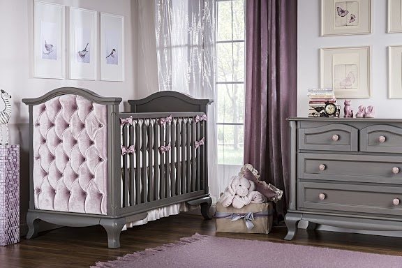 Romina+Cleopatra++room+setting++with+convertible+crib+7502+in+white++(13).jpg