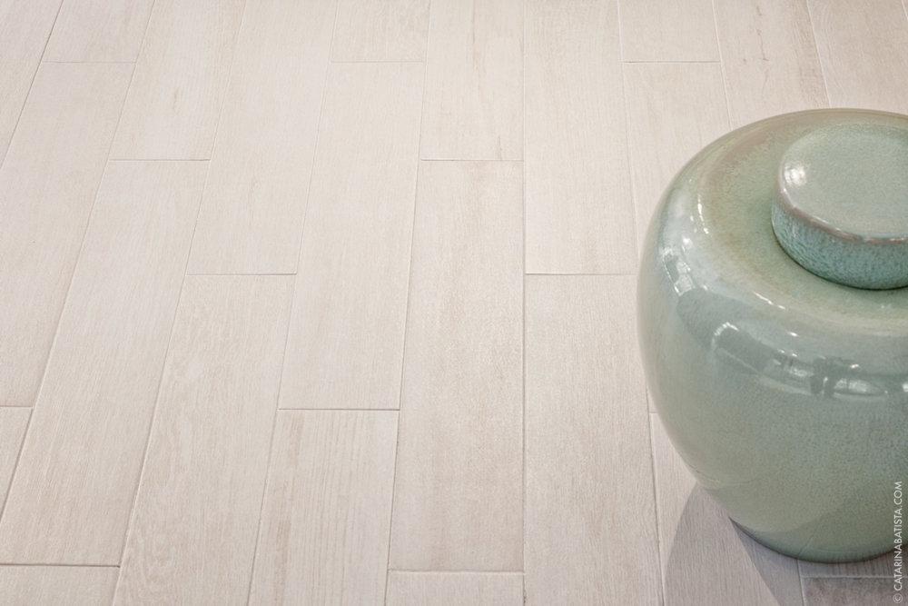 12-catarina-batista-arquitectura-design-interior-showroom-love-tiles-bedroom-livingroom-bathroom.jpg