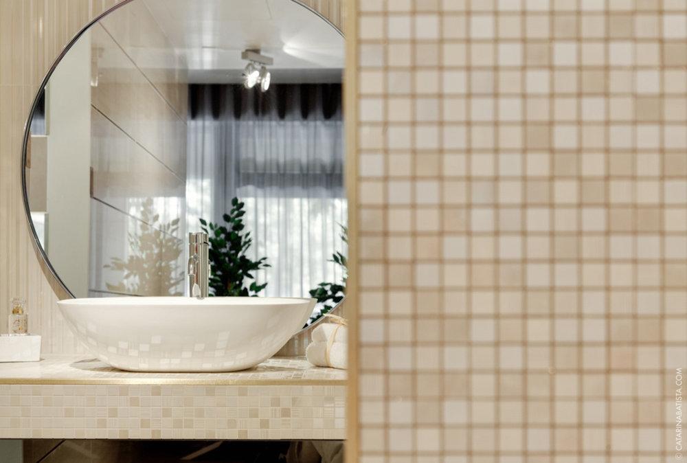 24-catarina-batista-arquitectura-design-interior-showroom-love-tiles-bedroom-livingroom-bathroom.jpg