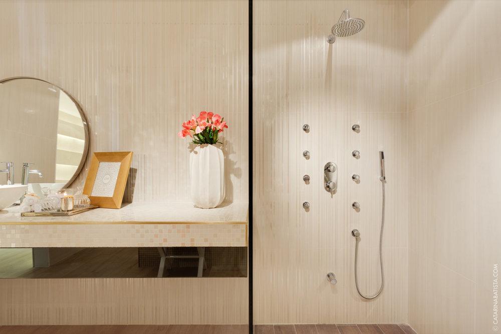 26-catarina-batista-arquitectura-design-interior-showroom-love-tiles-bedroom-livingroom-bathroom.jpg