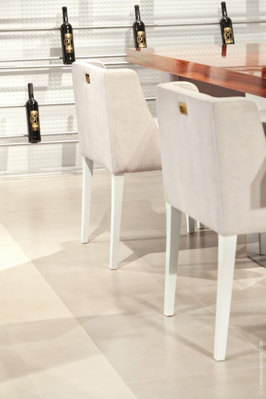26-catarina-batista-arquitectura-design-interior-showroom-love-tiles-flat-bedroom-livingroom-bathroom.jpg