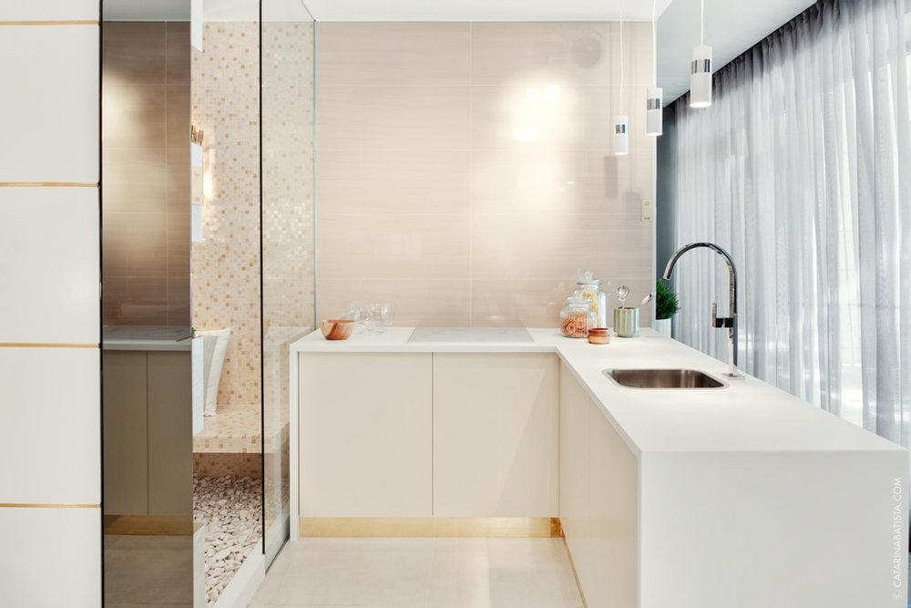 39-catarina-batista-arquitectura-design-interior-showroom-love-tiles-flat-bedroom-livingroom-bathroom.jpg