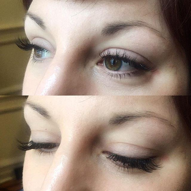 Beautiful lashes frame your eyes and make you feel glamorous instantly 💆🏻💅🏻💍 Glam set. #nycbeauty #holidaymakeup #partytime #eyelashesfordays #eyelashextensions