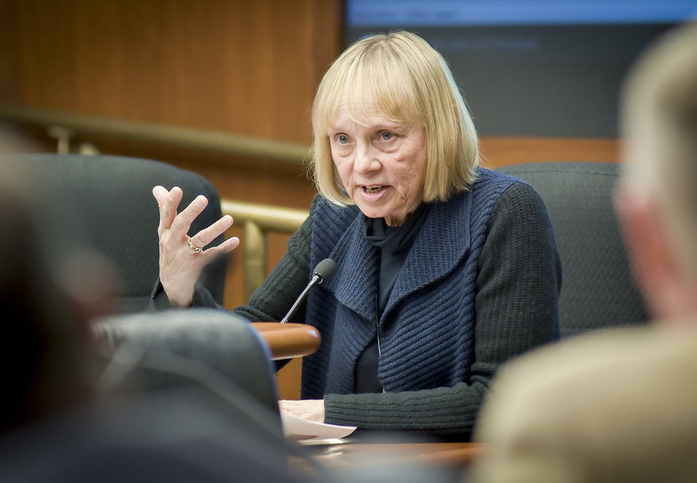 Legislators grill Kelm-Helgen over Vikings Suites