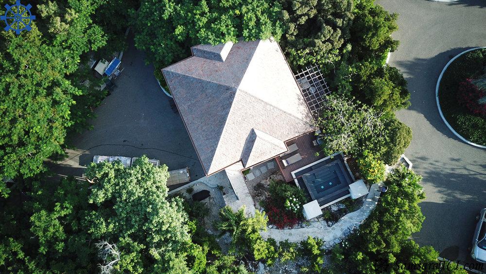 Xanadu Cottage, nestled in the Treetops of the Samsara Estate and Samsara Beach