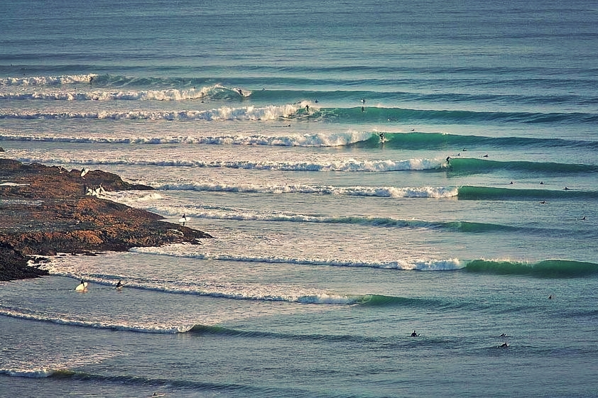New zealands top 10 best surfing spots moa brewing company hosts new zealands most famous surf spot in manu bay the world class raglan breaks can get rough every year manu bay the point is home to several publicscrutiny Images