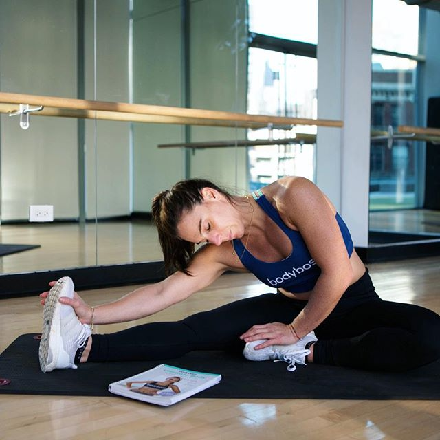 Sometimes it's nice to not have to think up a workout on your own. Some quick and easy workouts can be found in the @BodyBossMethod guide book. Also great for those just starting out and want some guidance. #BodyBoss #BossEffect #ad