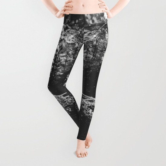 vines-6g0-leggings.jpg