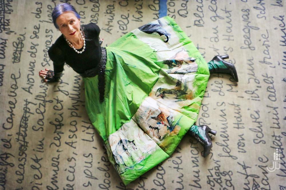 Beatrix Ost for Rizzoli