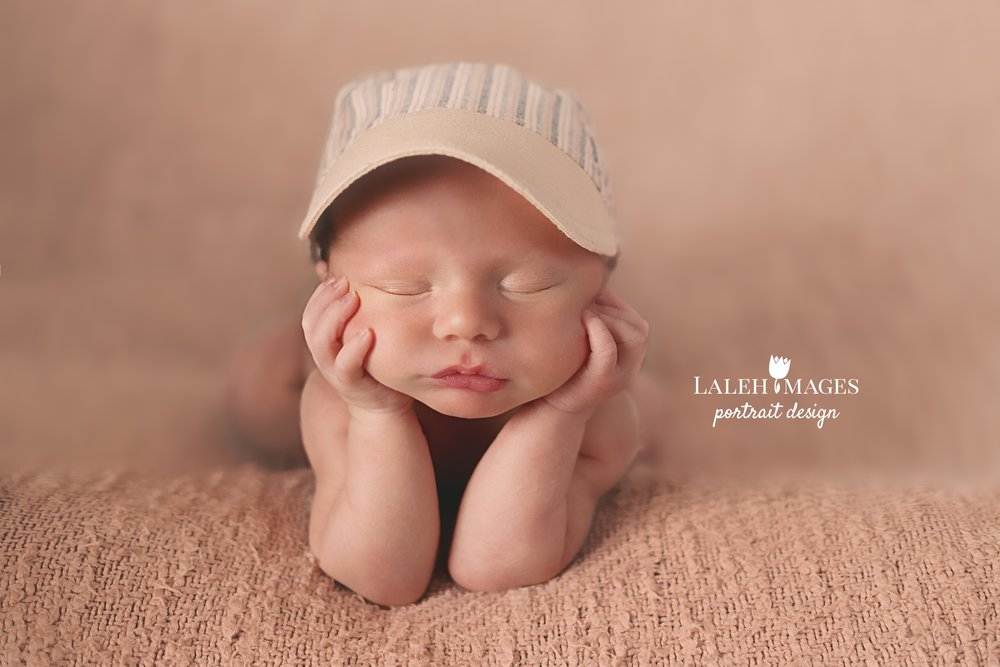 Froggy Pose Newborn Photo