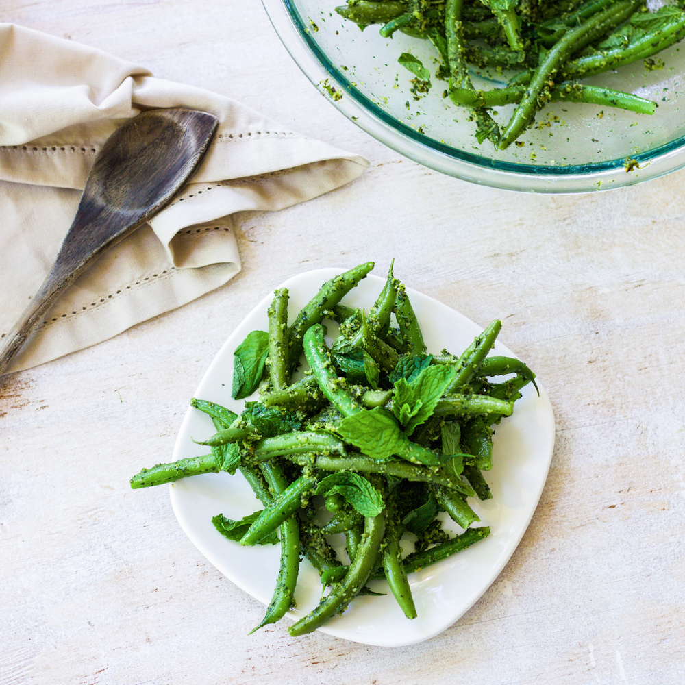 Green Beans with mint pistachio pesto. A vegan side dish that's fast and healthy.