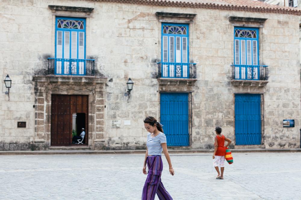 Le-Sycomore-Cuban-Havana-PlazaCathedral