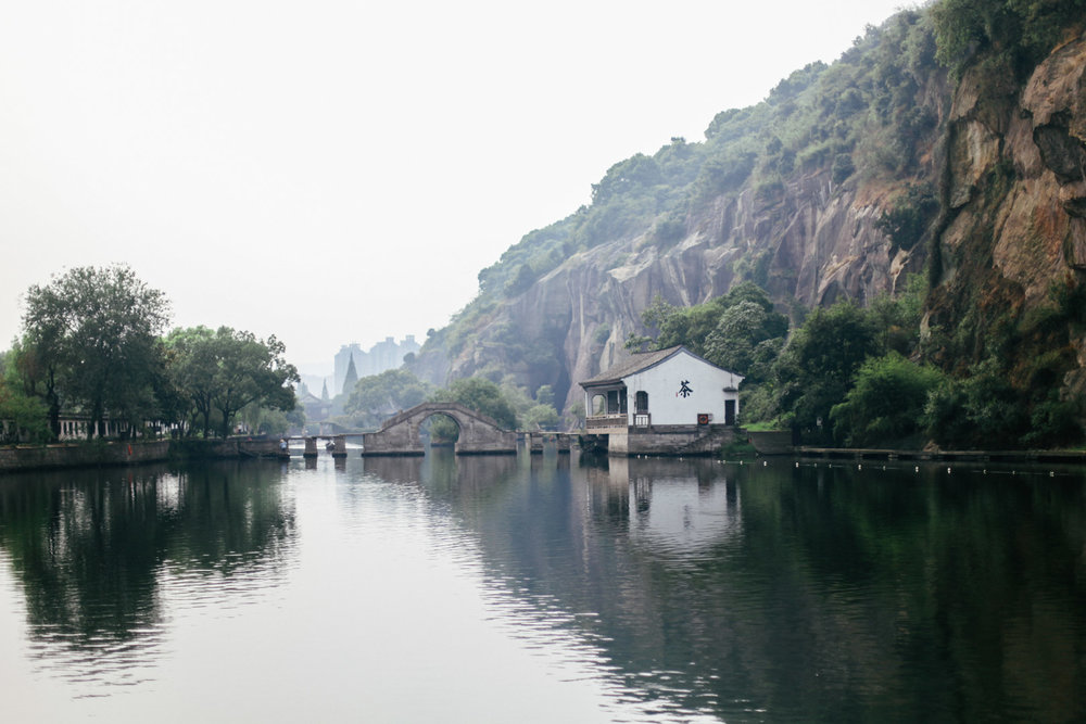 Like Hangzhou, Shaoxing also has lovely lake and summer lotus. Cities and towns in Zhejiang Province share many features, yet smaller, less-known places sometimes are better without tourist crowds. So do drop by Shaoxing if you have a chance.