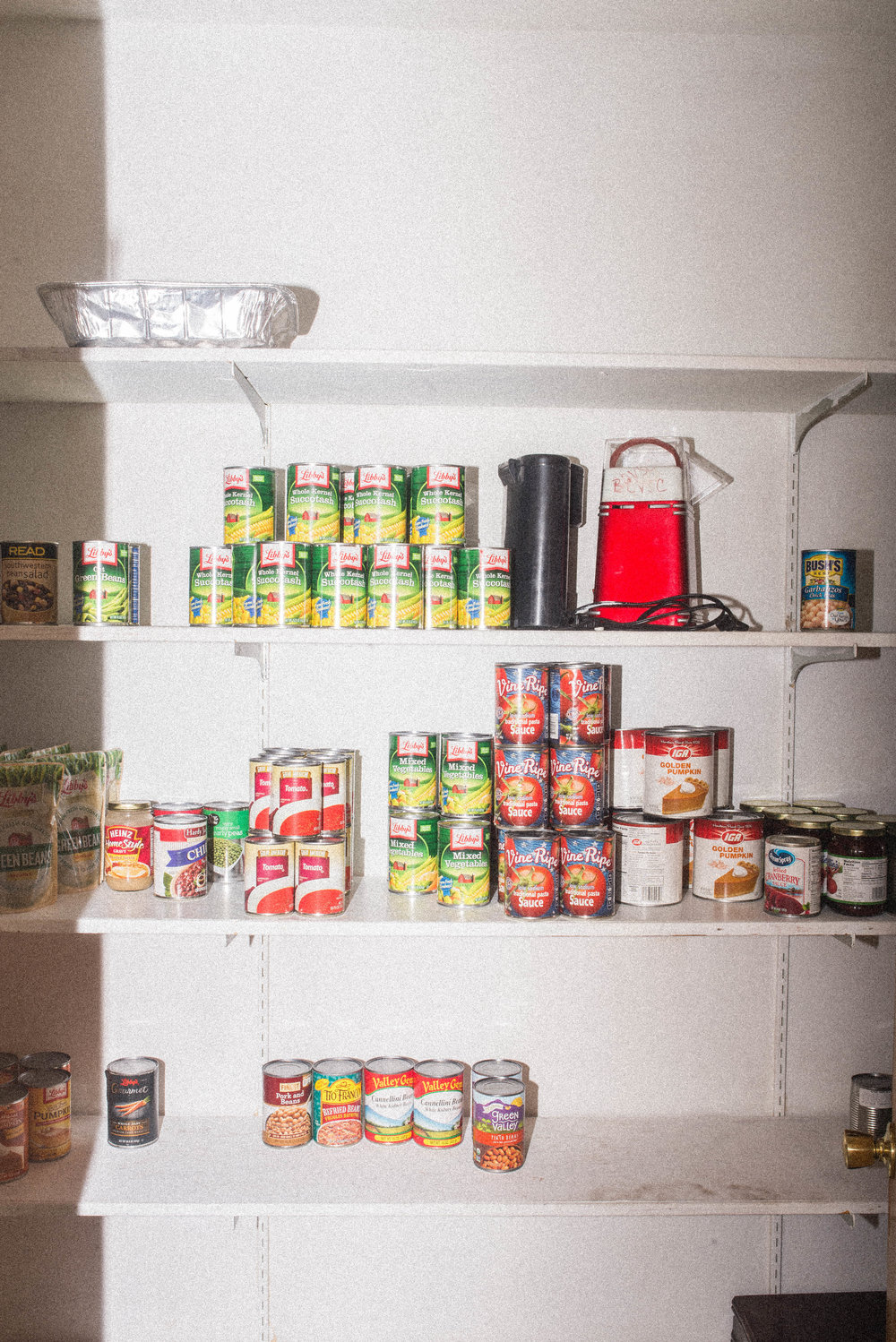 Shelter pantry. October 2017.