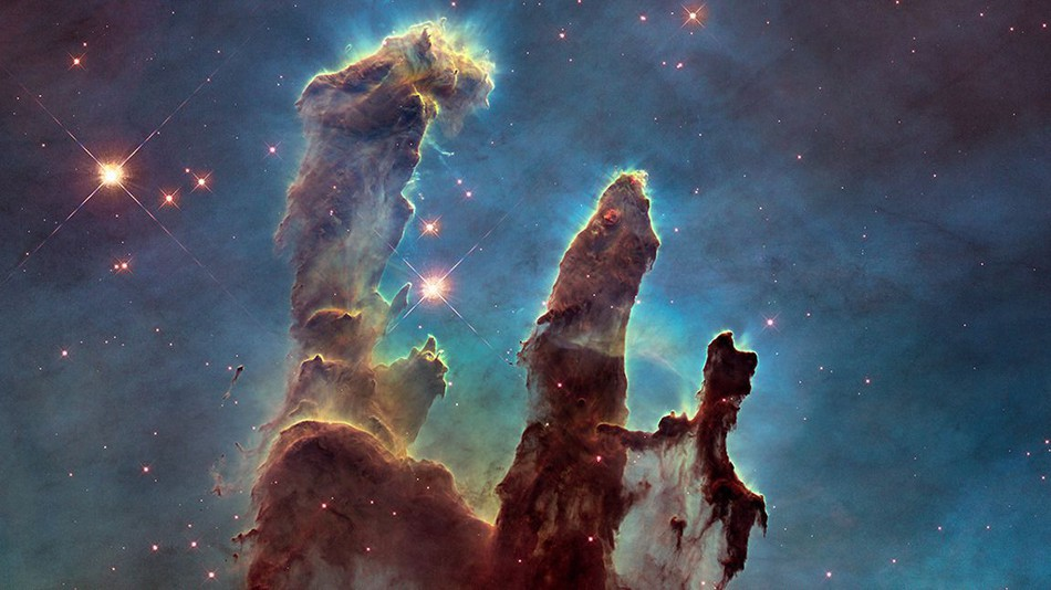 THE PILLARS OF CREATION - 7000 LIGHT YEARS AWAY