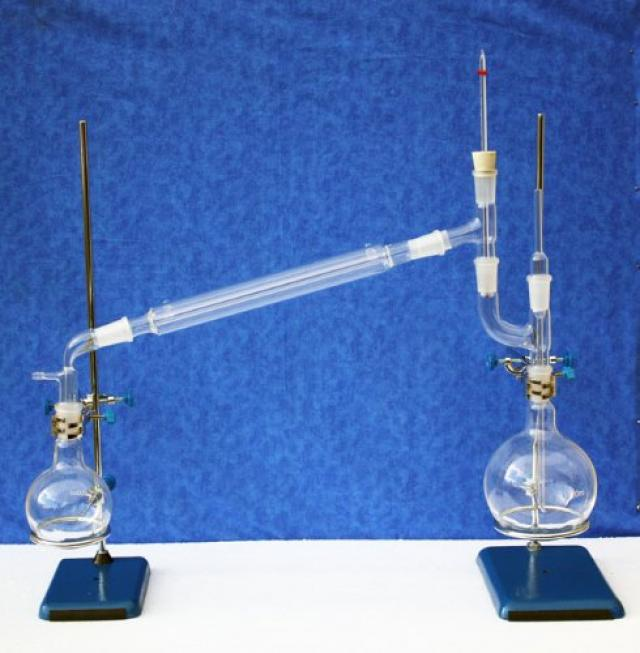 VACUUM DISTILATION KIT.jpg