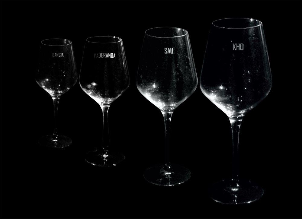 wine glass E.jpg