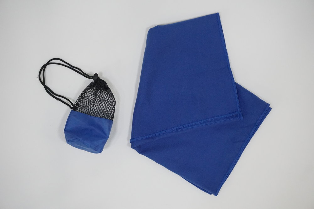 Compact Micro-Fiber Towel with Net Pouch (1).JPG