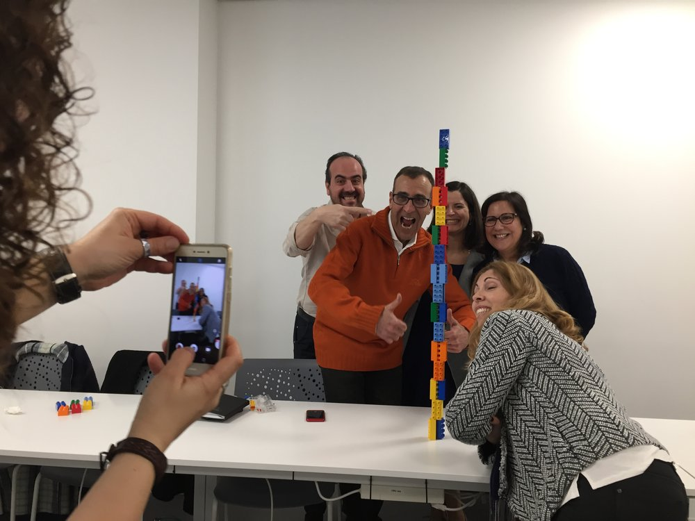 O workshop é repleto de divertidos momentos de trabalho em grupo