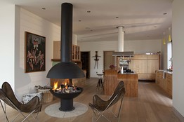 However, these new free standing style stoves do not require a chimney breast and look great in the corner of a modern kitchen diner.