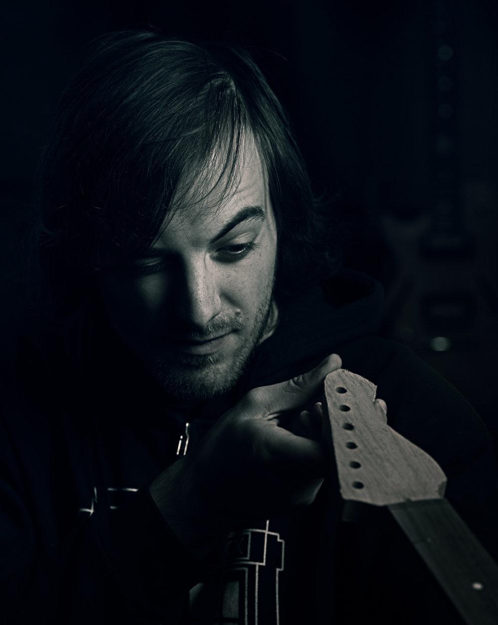 Luigi Valenti - Hand-wound pickup maestro