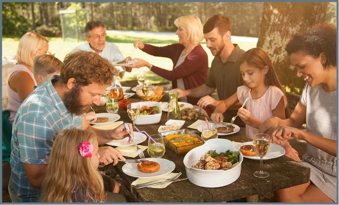 https://www.ag.ndsu.edu/publications/food-nutrition/savor-family-moments/2420.jpg