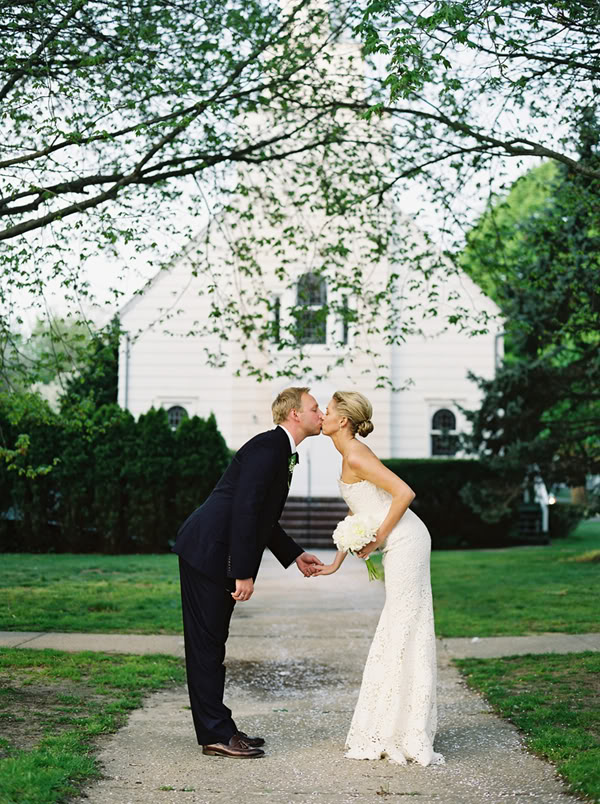 6-bride-and-groom-kissing.jpg
